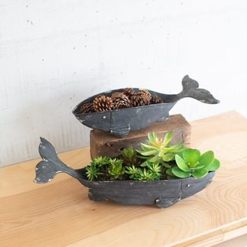 Set of 2 Metal Whale Planters