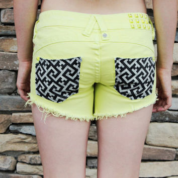 Chartreuse w/ Black Geometric Pockets