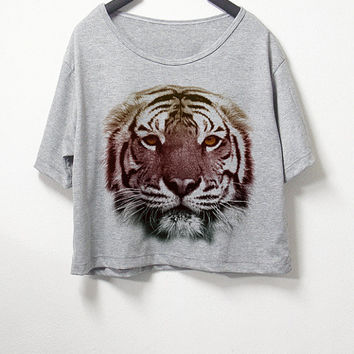 Tiger,crop top, grey color, women crop shirt, screenprint tshirt, graphic tee,[ S/M ] , L size