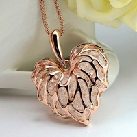 loving heart crystal LEAF necklace-pink