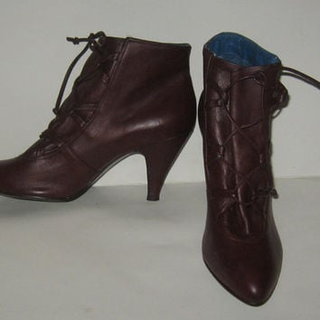 vintage 80s Chandlers Victorian style laceup burgundy Brazil leather heel ankle boots sz 6b