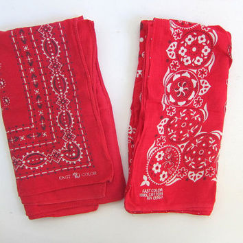 2 Vintage fast color Hankies, Men's Handkerchiefs, Bandana // red // elephant trunk up / 13960