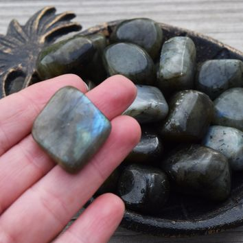 LABRADORITE Mystical Stone of Magical Work, Dream Interpretation & Psychic Intuition