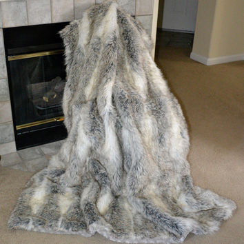 """Faux Fur Throw In A Stunning Gray and White Wolf, Fake Fur Blanket Throw, 72"""" x 60"""", Ready to Ship!"""