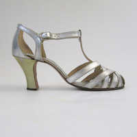 1920s Shoes 1930s Evening Shoes in Silver & Gold Original Box Size 4.5