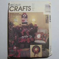 McCall's Craft Sewing Pattern 3883 Holiday Charm Home Décor