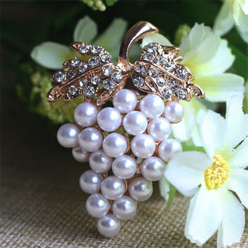 Crystal Rhinestone Flower For Wedding Bridal Dresses Clip Scarf Buckle Pins Grapes Brooches Rose Gold Plated Pearl Brooch S SM6