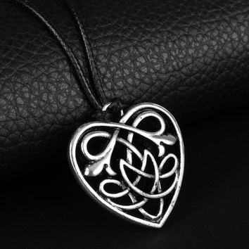 *Celtic Jewelry Celtic Heart Knot Pendant