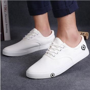 New Mens casual shoes man flats breathable Mens fashion classic outdoor shoes Mens canvas Shoes for Men Zapatos de hombre