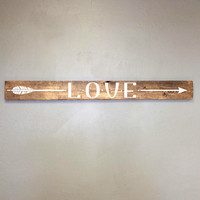 Reclaimed Love Arrow Wood Sign - Girls Bedroom Decor, Wall Decor, Reclaimed Barn wood, Wood Home Decor, Gift for Her, Vinyl Arrow Design