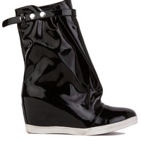 Y.R.U. Black White Wedge Rain Boots