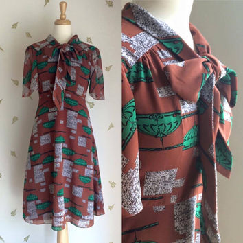 1940's Novelty Print Dress ~ Art Nouveau ~ Wynken Blynken and Nod ~ Bias Cut ~ Vintage 40's