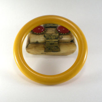 Vintage Yellow Mustard Butterscotch Bakelite Bangle  Bracelet, Mod Spring Summer Jewelry