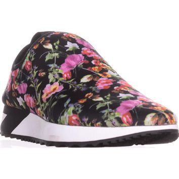 Steve Madden Speed Pull-On Sneakers, Floral, 7 US