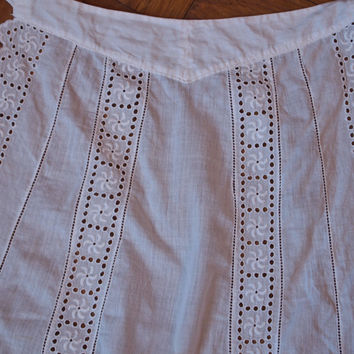 White Cotton Apron Art Nouveau Belle Epoque Eyelet Lace Trim Hand Made Folk Costume 1930's