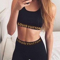 LV 2018 new trend female models sports fitness stretch tights pants two sets