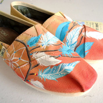 Aztec Dream Catcher TOMS by LamaLand on Etsy