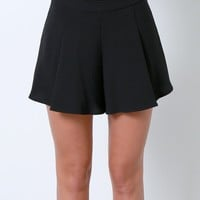 Morgan Pleated Shorts - Black