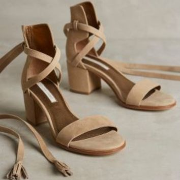 Cynthia Vincent Petunia Heels in Latte Size: