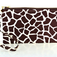 Off to the Zoo : this larger giraffe print  wristlet will fit I phone 6 plus or Samsung galaxy note 4.