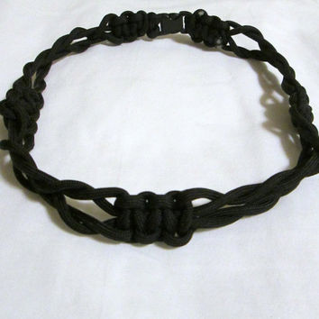 UNISEX  Weaved And Knotted Fashionable Black 550 Paracord NECKLACE with FREE Gift