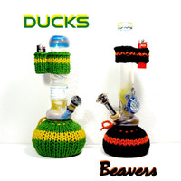 Oregon Ducks Bong Cozy and Matching Lighter Holder