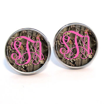 Mossy Oak Inspired Monogram Stud Earrings (400)