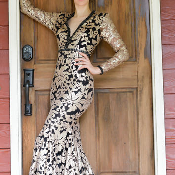 JOHNATHAN KAYNE 6113 IN STOCK SIZE 0 GOLD/BLACK Long Sleeve Sequin Zip Up Bust Prom Evening Dress
