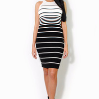 (alt) Gradient ivory stripes knit silhouette dress