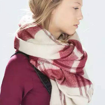 Red Graphic Print Fringe Scarf