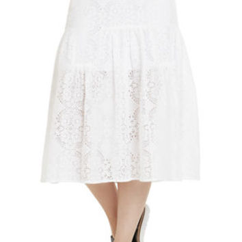 Paneled Midi Skirt in White - BCBGeneration