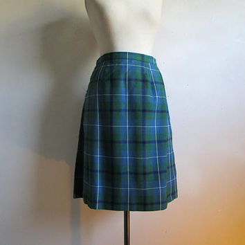 VINTAGE Scottish KILT Blue Green Black Wool Hugh Macpherson Douglas Klan Made in Scotland Kilbarchan