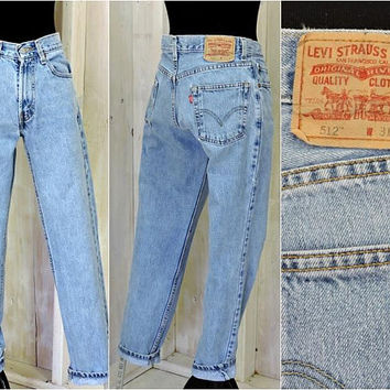 Vintage Levis 512 jeans / 31 X 30 / mom jeans / high waisted / slim fit / tapered leg / 100% cotton