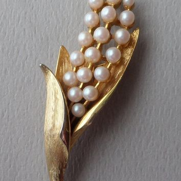 Kramer Lilly of the Valley Brooch, Signed 50's Vintage Mid Century Faux Pearl Flower Pin