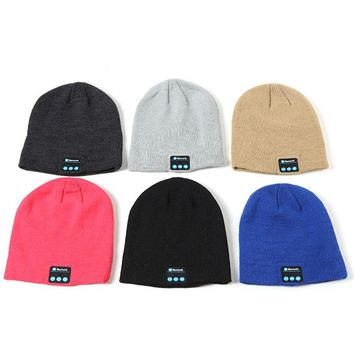 LNRRABC Men Women Sports Knitted Cap With Ball Bluetooth Headset Wireless Winter Knitted Hats Female Outdoor Skullies Beanies