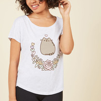 Keep Pusheen Your Luck T-Shirt | Mod Retro Vintage Sweaters | ModCloth.com