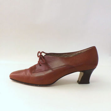 Classic Size 6.5 Vintage Chestnut Brown Nine West Leather Lace up Low Heel Loafer Style Oxford Heel Retro Women's Pumps Victorian 1920s 30s