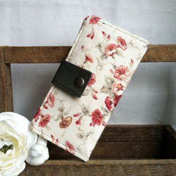 Pretty floral roses and moss green folded wallet, coin pouch, bill slots, card slots
