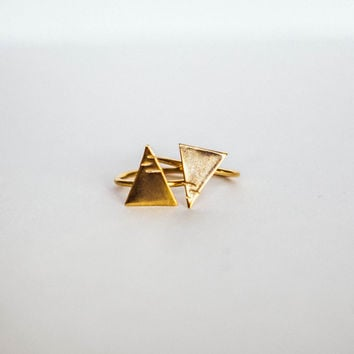 New City Triangle | Gold