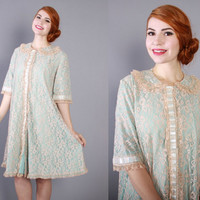 60s Odette Barsa PEIGNOIR / Vintage 1960s Robe Light Blue with Champagne Lace and Ribbon, xs - m