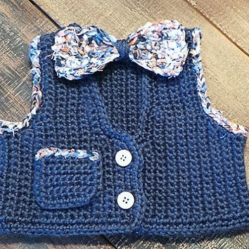 0-3 month baby vest and crochet fabric bow tie set; cute baby boy outfit; baby sweater vest bow tie; new baby gift; preppy baby gift