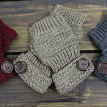 Ribbed Knit Fingerless Gloves, Knit Arm Warmers, Button Knit Gloves, Knit Gloves, Winter Gloves, Texting Gloves, Gift for her, Gray