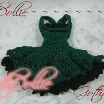 Victorian Goth Short Dress for Barbie clothes Green (Crocheted) - OOAK by GothDollie