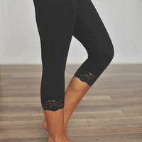 BLACK CROPPED LEGGING
