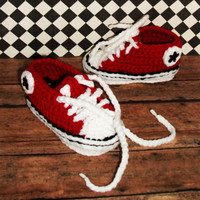 Crocheted Converse Booties--Photo Prop---Chuck Taylor Booties