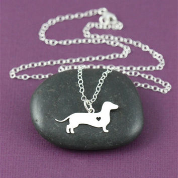Silver animal dachshund dog necklace with Silver plated r wire drawing effect pendant jewelry for women