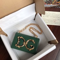 D&G DOLCE & GABBANA WOMEN'S LEATHER INCLINED CHAIN SHOULDER BAG