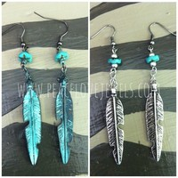 Distressed feather earrings (2-colors) from PeaceLove&Jewels