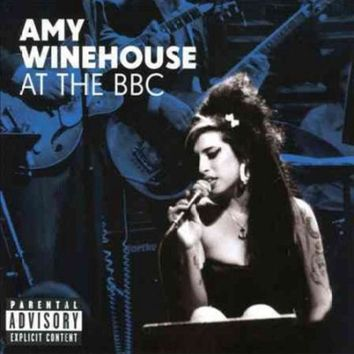 VONW9Z AMY WINEHOUSE AT THE BBC
