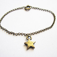 Star Bracelet Star Jewelry Antique Bronze Star by RobertaValle